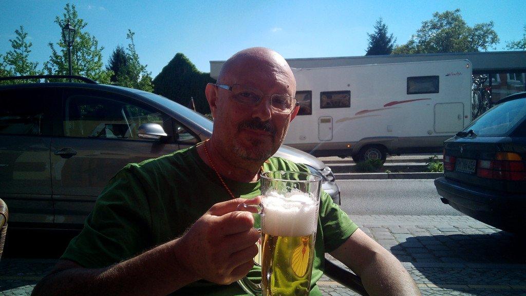 Cerveza fin de etapa en Beelitz