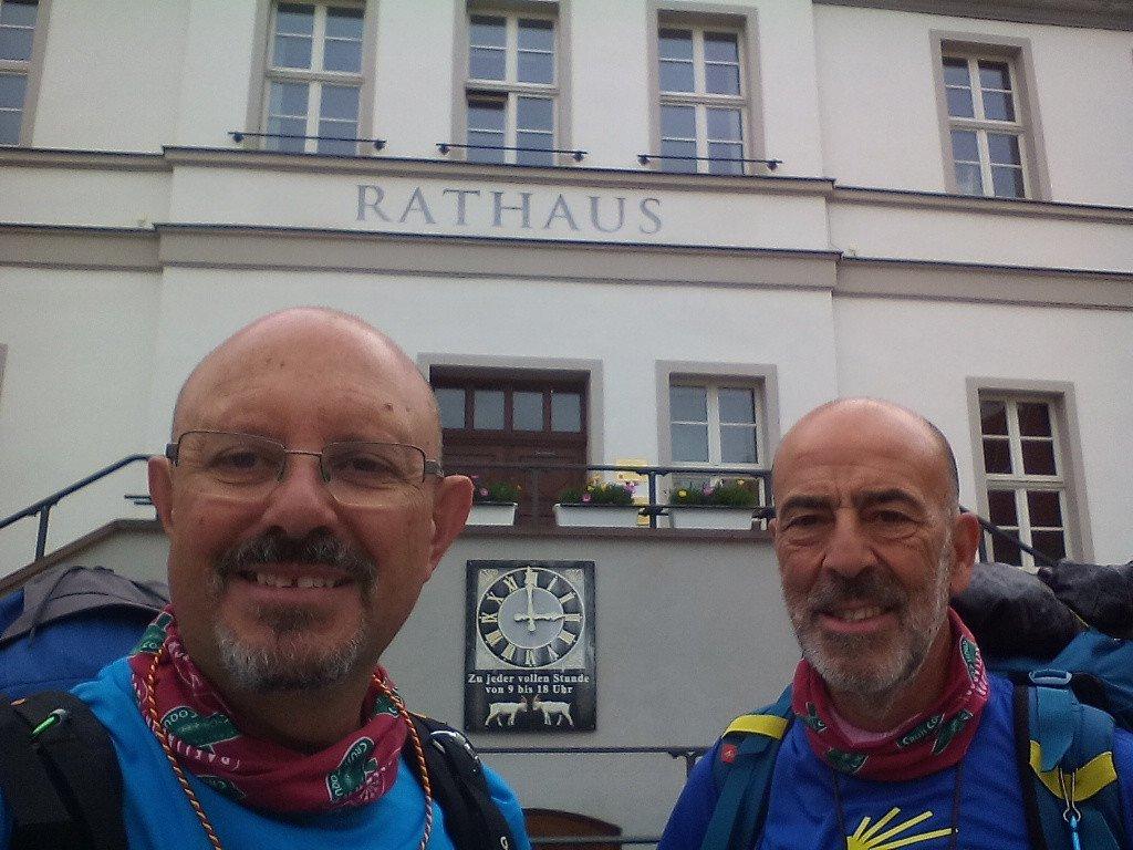 El Ayuntamiento de Bad Düben, a las nueve en punto