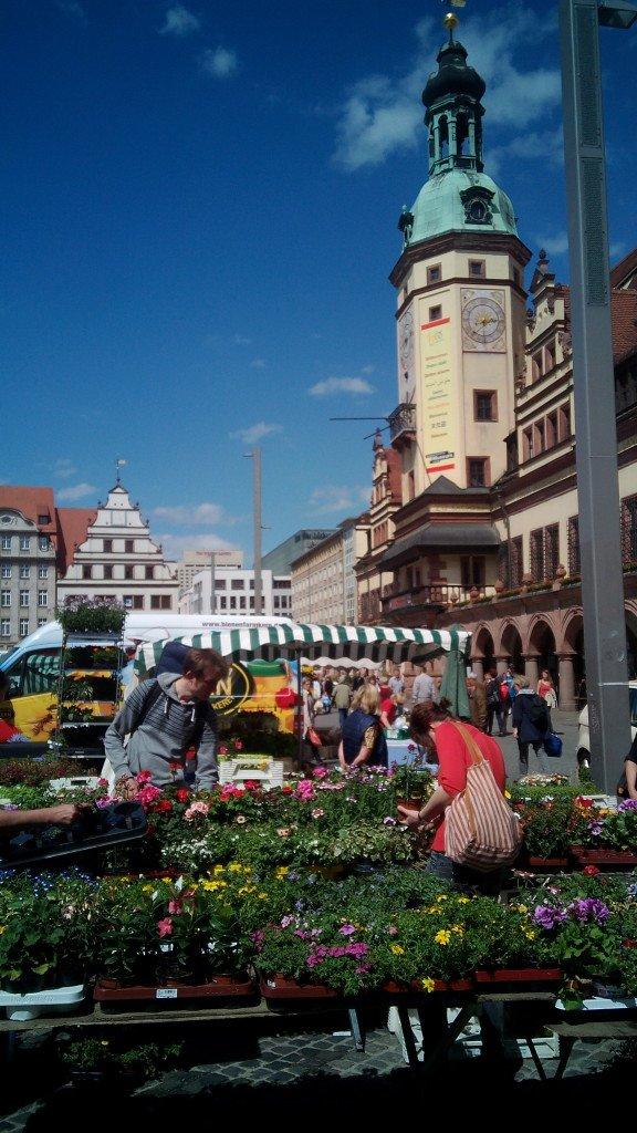 El antiguo ayuntamiento y el mercado de la ciudad de Leipzig