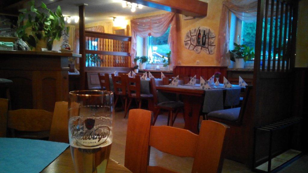 Una vista del bar de la pensión Kreta
