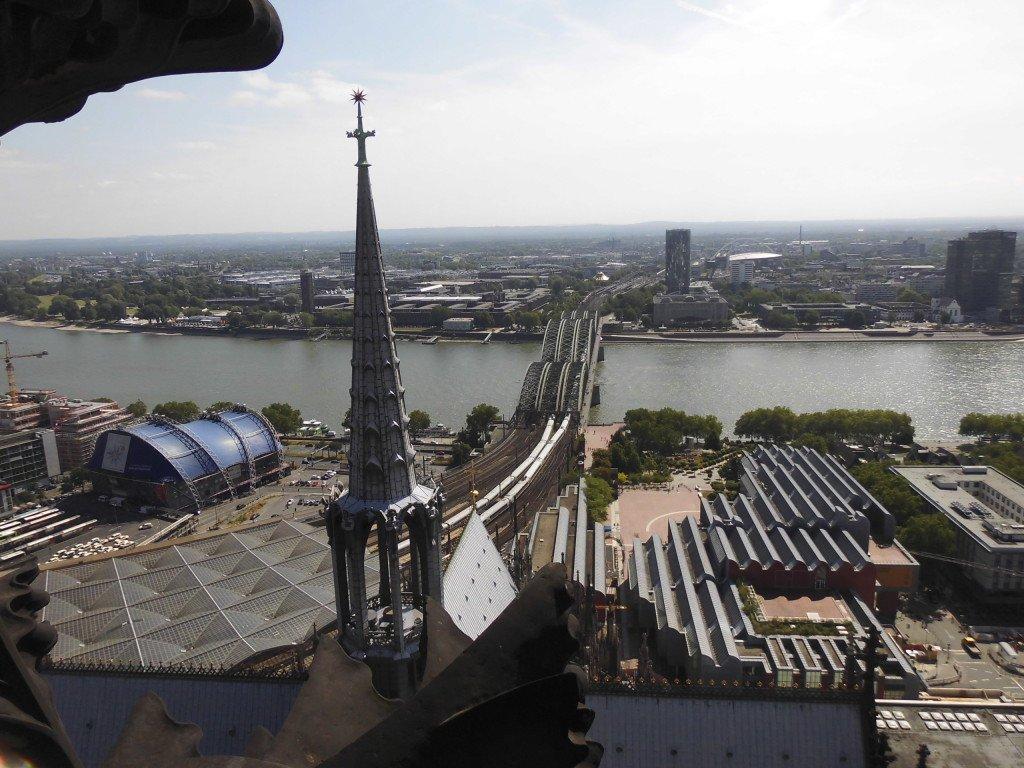 El Rin desde una torre de la Catedral