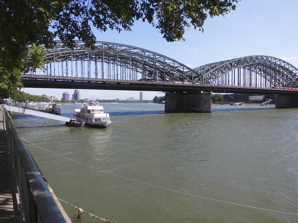 Puente sobre el Rin