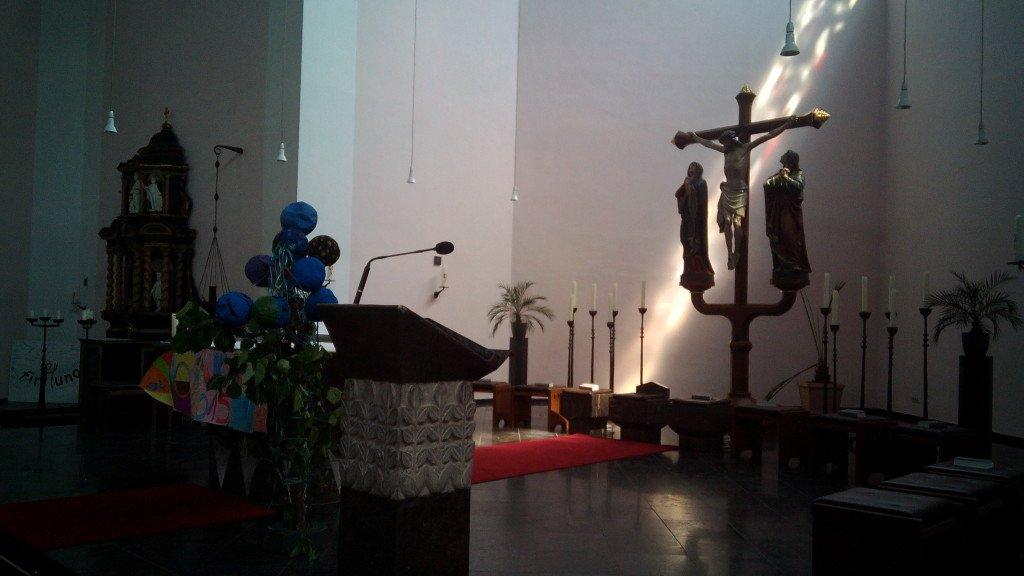 San Quirino, inside
