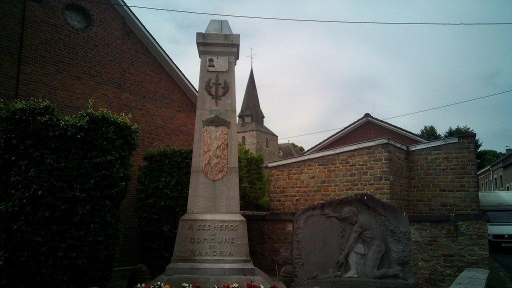 Monumento a los caídos en Nadrin