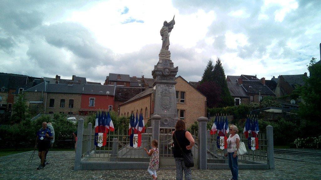 Monumento a los caídos de las dos guerras