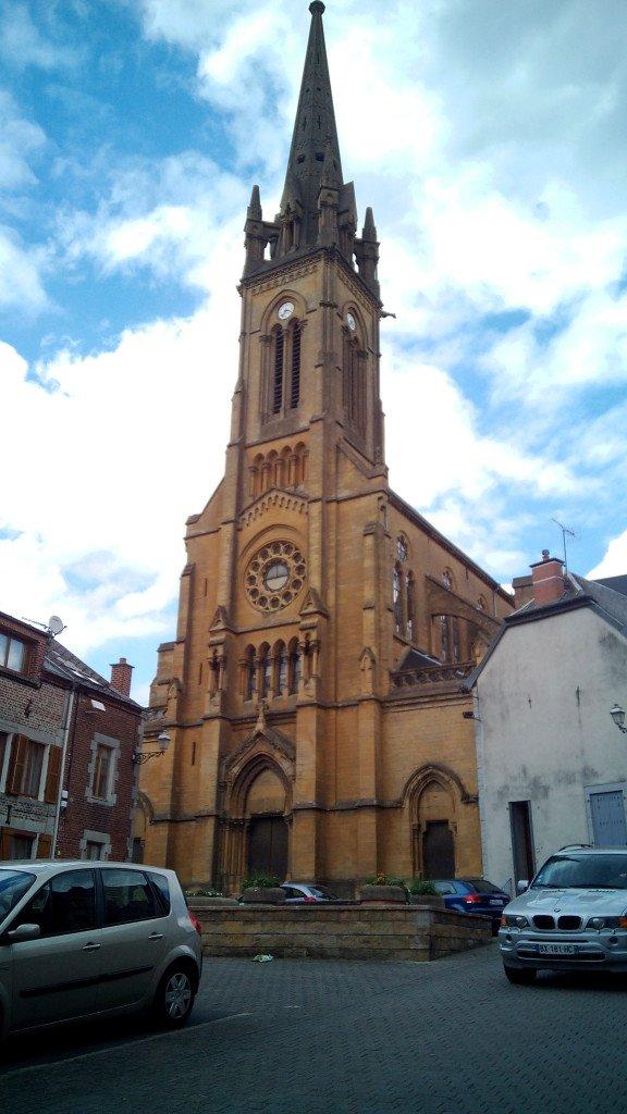 Iglesia de Fumay
