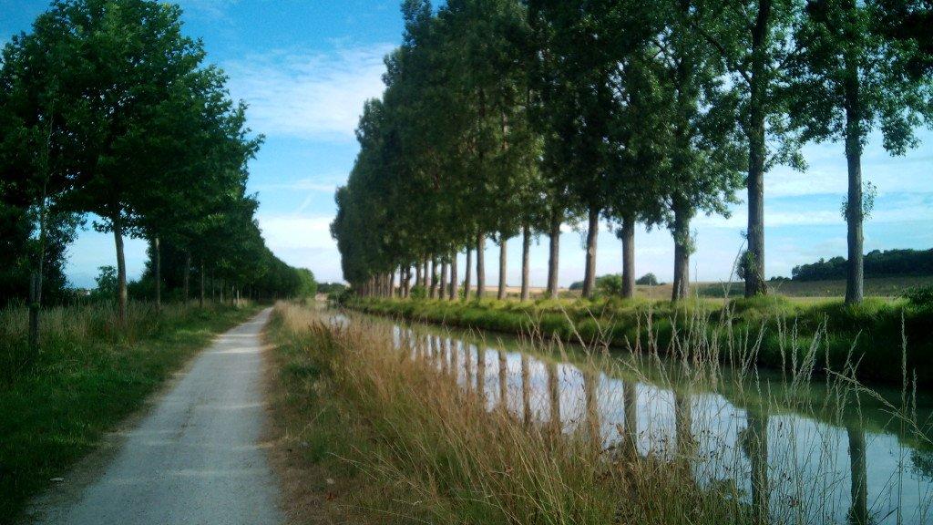 Muy bonito y relajante este camino
