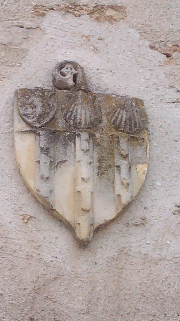Escudo Jacobeo en Arpajon