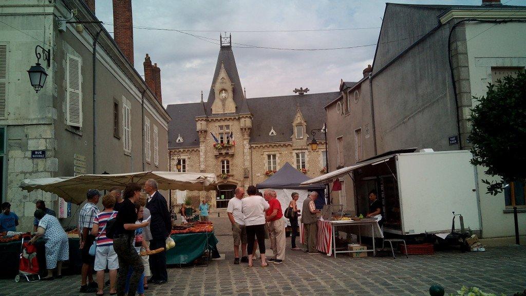 Día de mercado. Toury