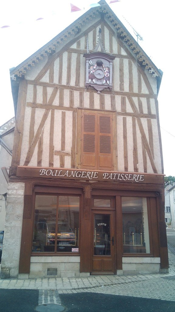 Panaderia pasteleria en casita típica en Meung-sur-Loire