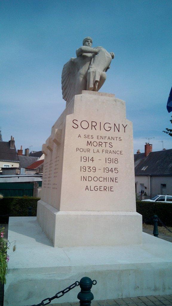 Monumento a los caídos por Francia. Sorigny