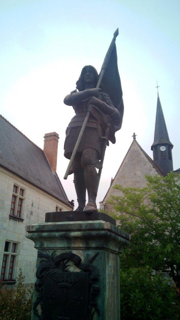 Juana de Arco en Sainte Catherine de Fierbois