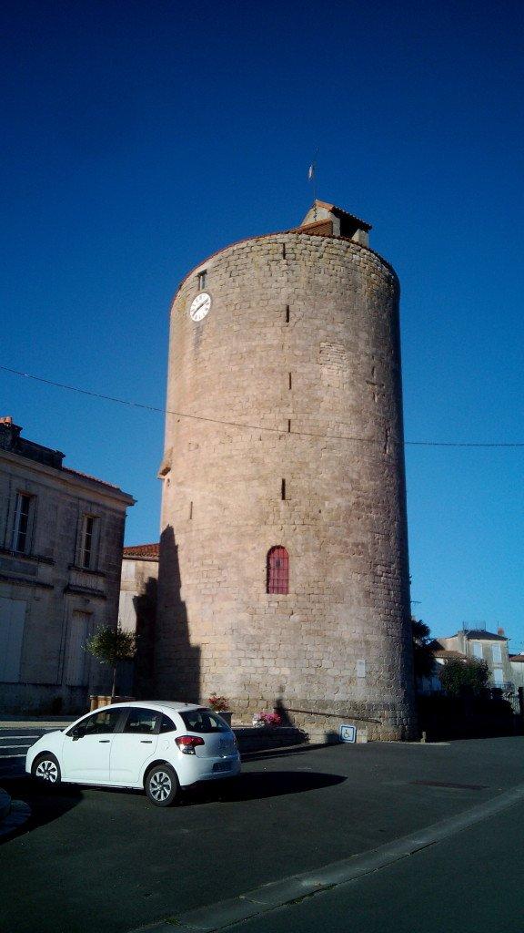 Torre en Aulnay