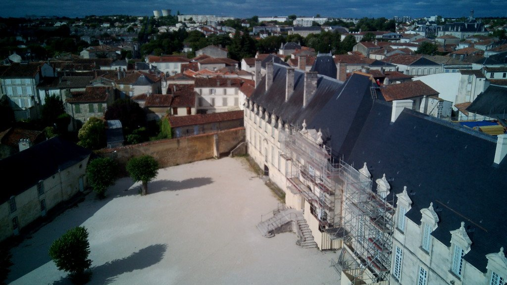 Nuestro albergue/ abadía en Saint Jean d'Angély