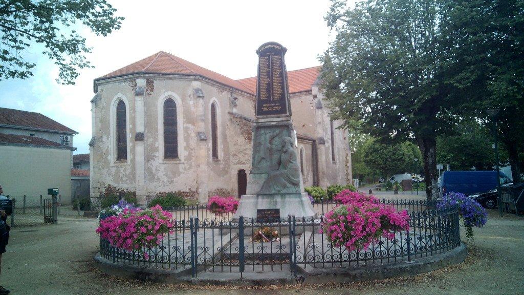 Monumento a los caídos. Labouheyre