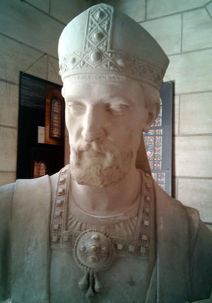 Busto de San Martín de Tours