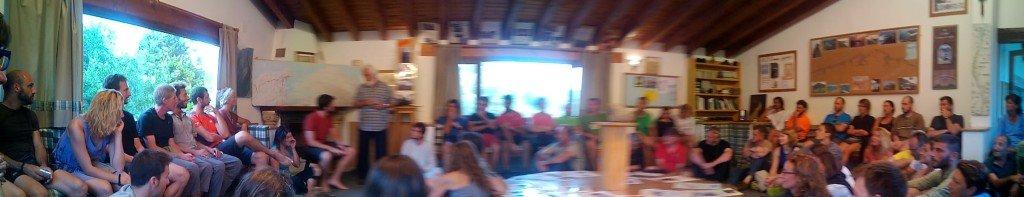 Panorámica de la reunión en Güemes