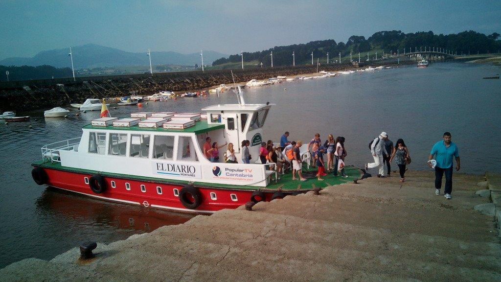 Tomando el barco que nos llevará a Santander