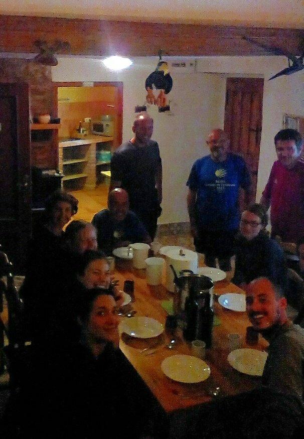 Cena en comunidad, en Caborredondo