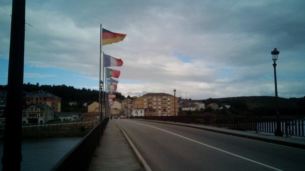 Puente sobre el Navia