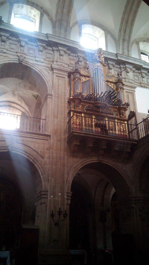 Interior de la iglesia del monasterio. Lourenzá