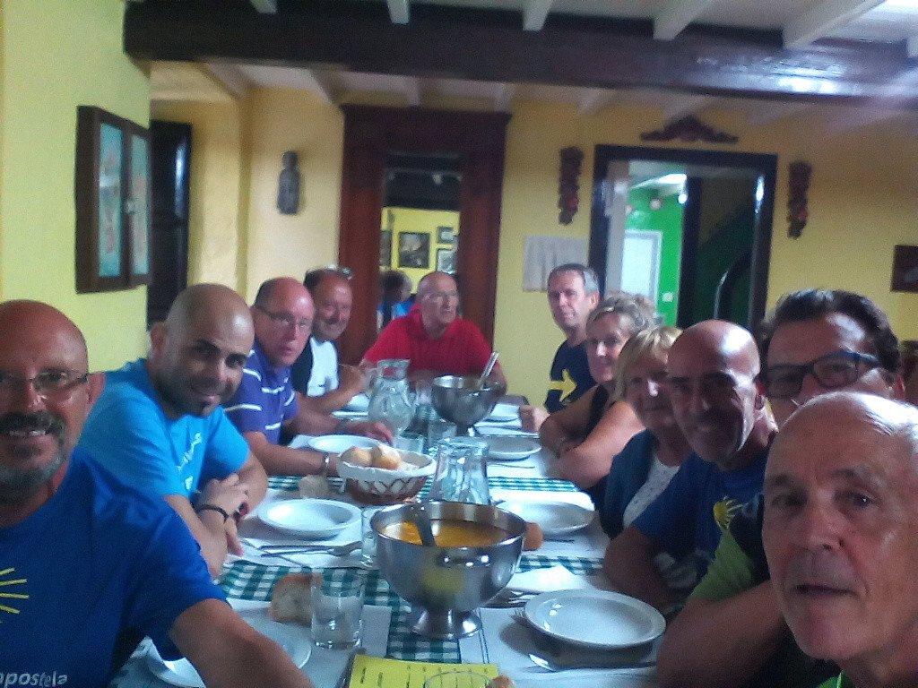 Cena entre amigos, en Santa Irene