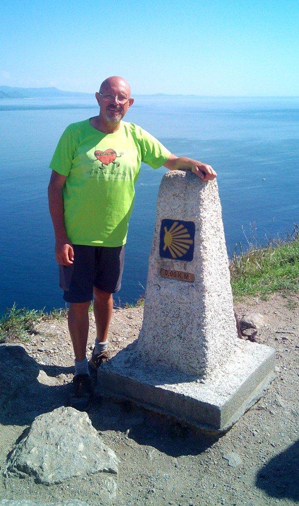 Kilómetro 0,0 en Finisterre. Marcha Saludable de Coapema