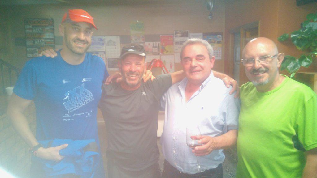 Aquí con el dueño del Restaurante Pereira. Castroverde