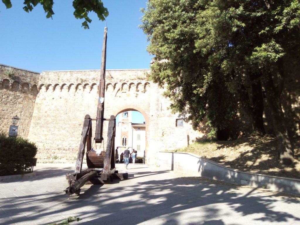 Un trabuco medieval en San Quirico D'Orcia