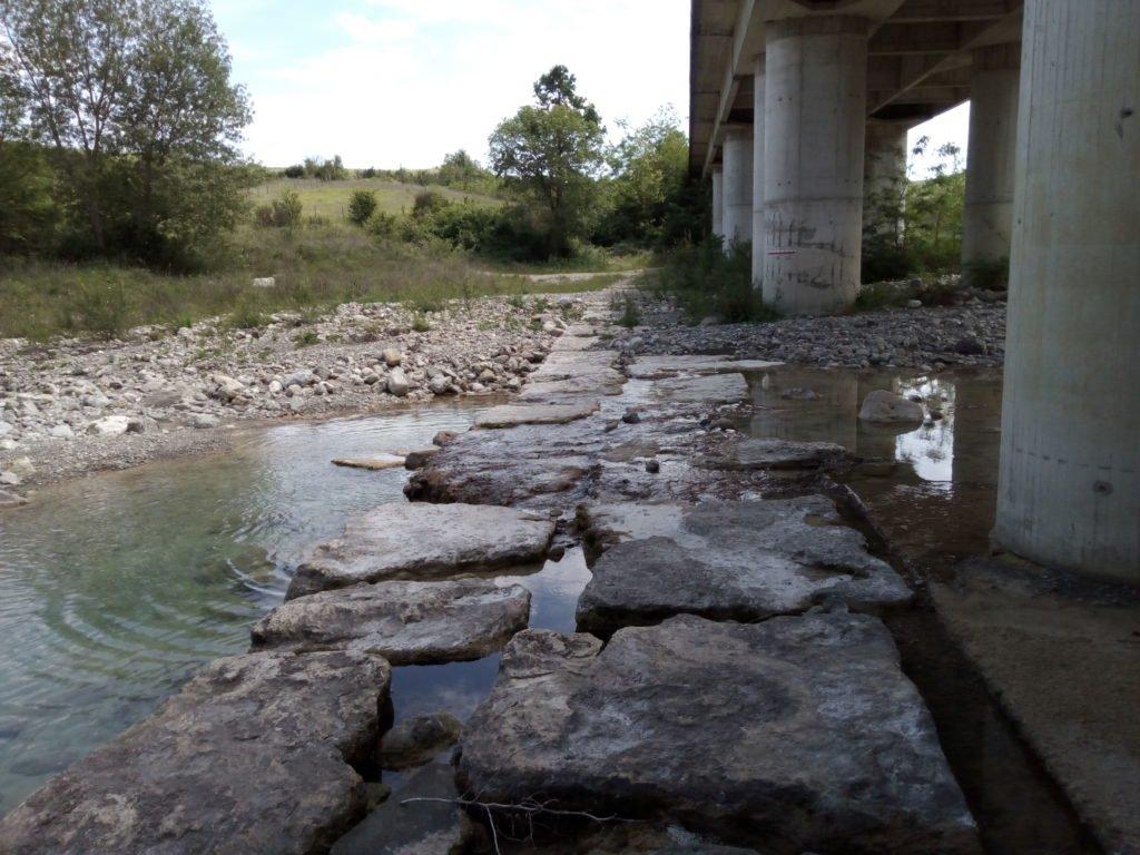 Cruce del fiume Formone, cerca de Radicofani