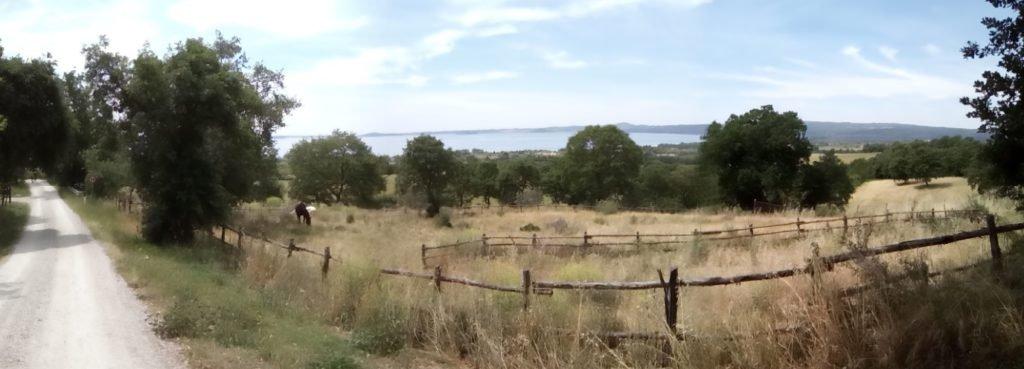 Primera vista del lago de Bolsena