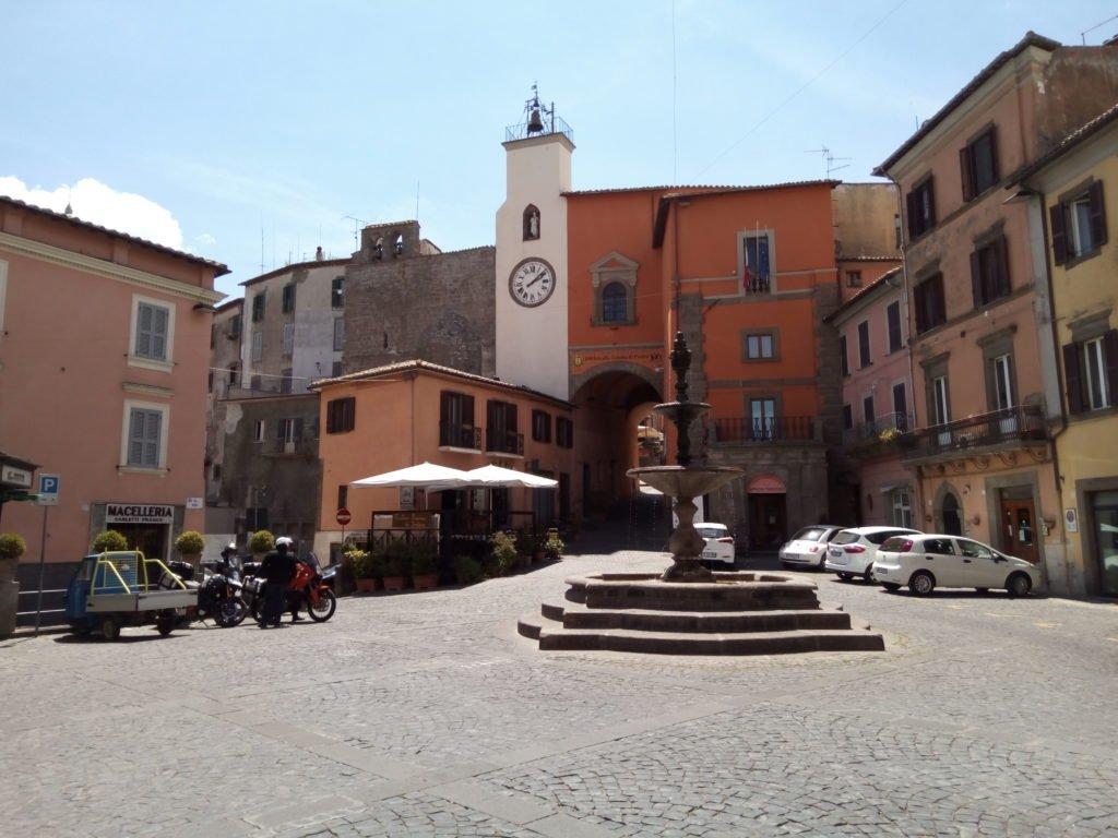 Plaza de Montefiascone