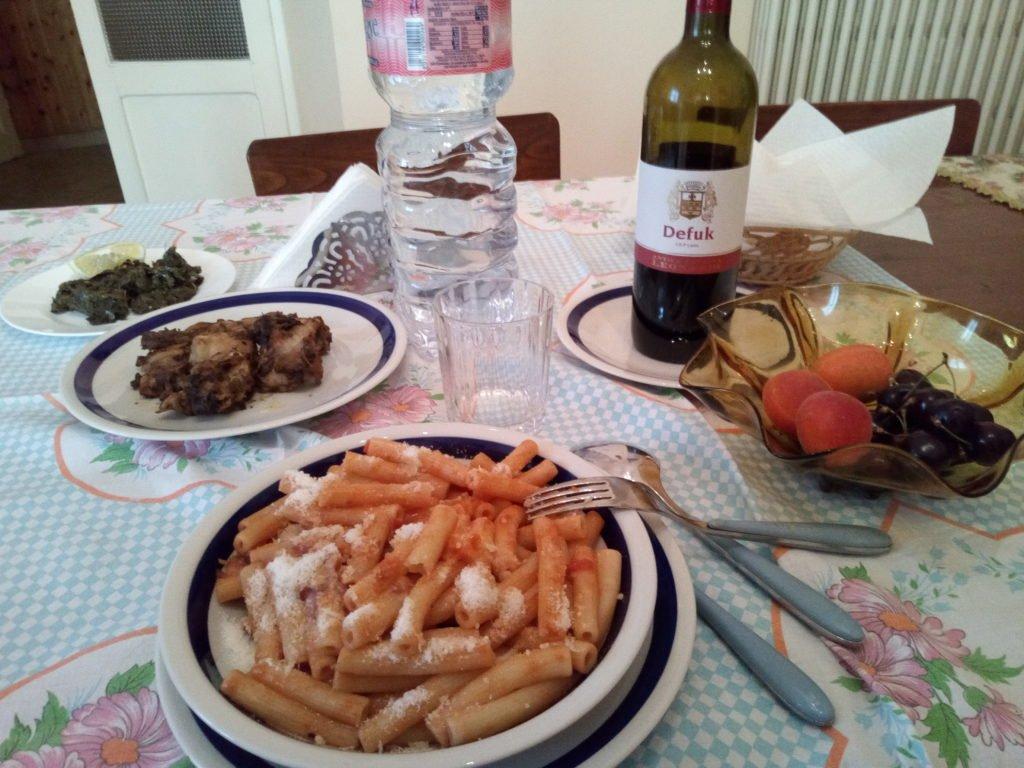 Espléndida cena en el Convento. Montefiascone