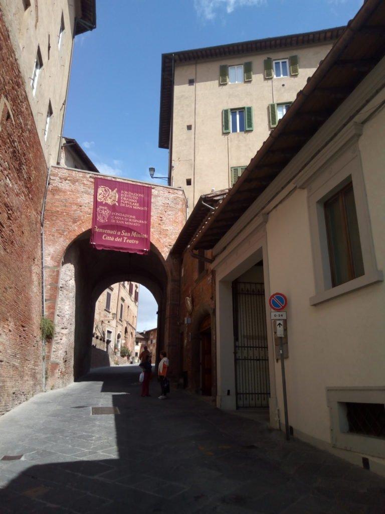 Una calle de San Miniato