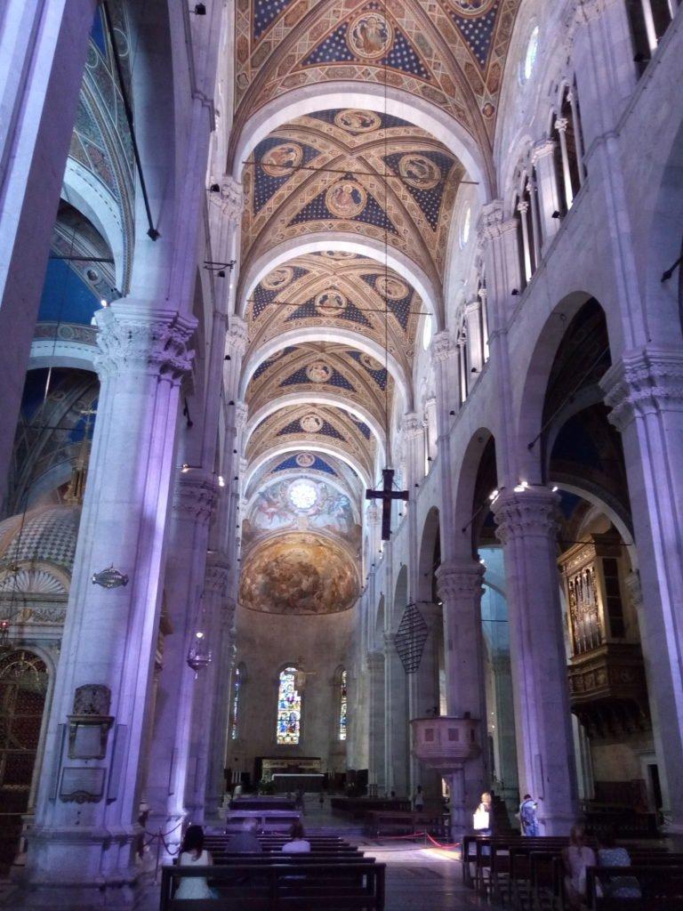 Interior de la Catedral de San Martín