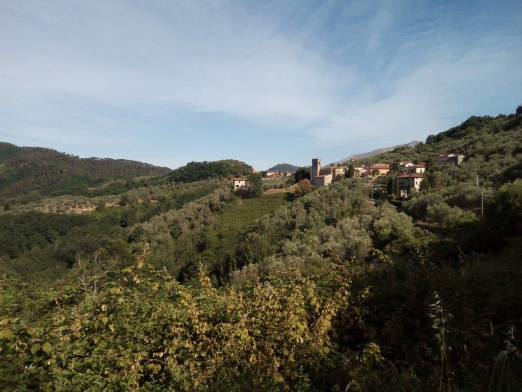 Paisaje con pueblo. Toscana