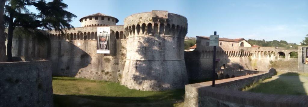 Fortaleza de Sarzana