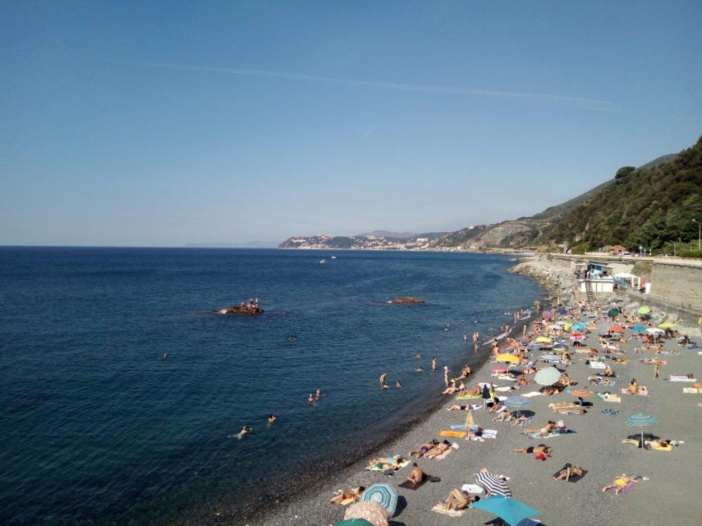 Las playas se empiezan a llenar