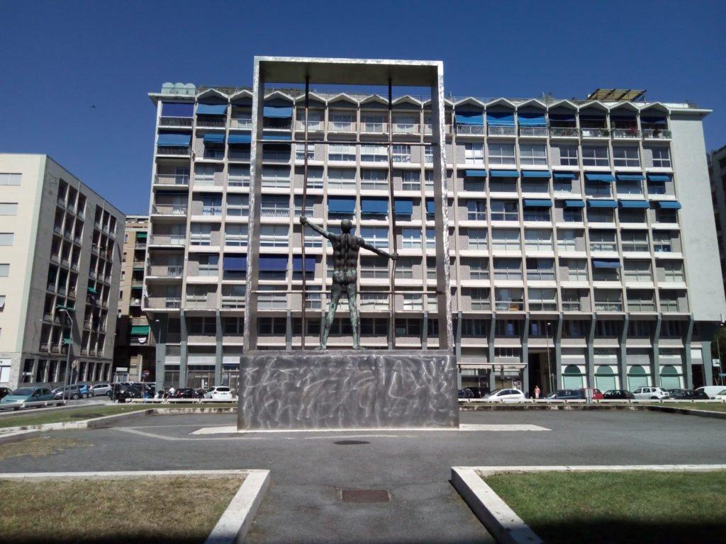 Savona, monumento a los caídos