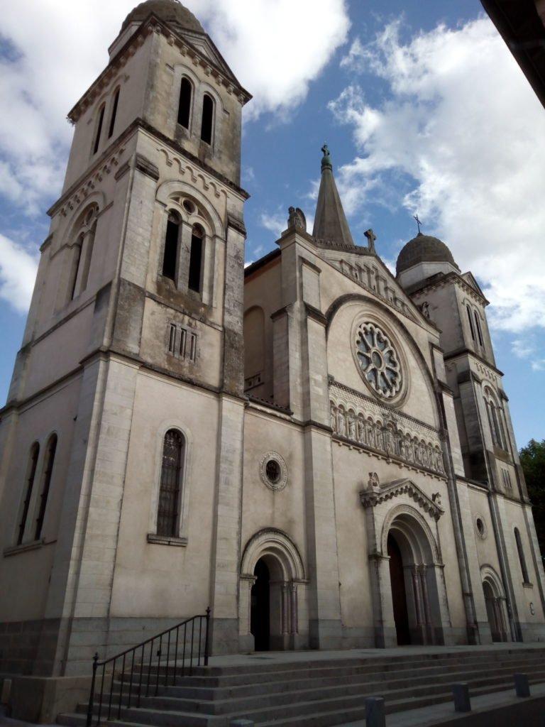 Église Notre Dame Des Grâces. Revel