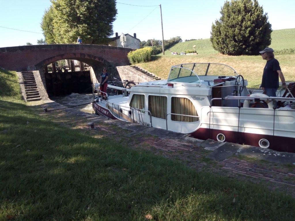 Una esclusa en el Canal de Midi