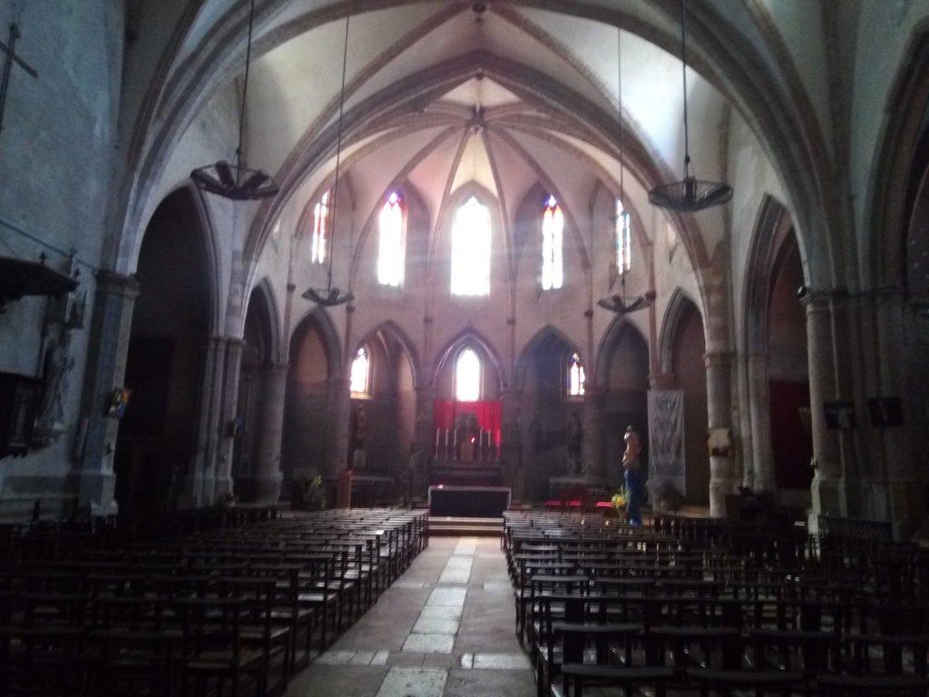 Interior de la Iglesia de Gimont