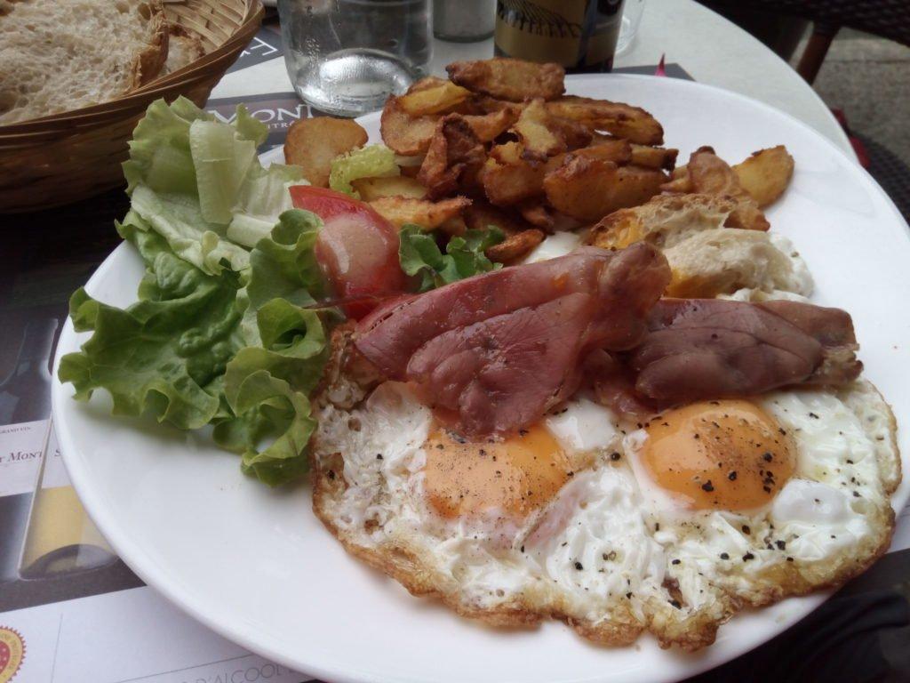 Comiendo en Marciac