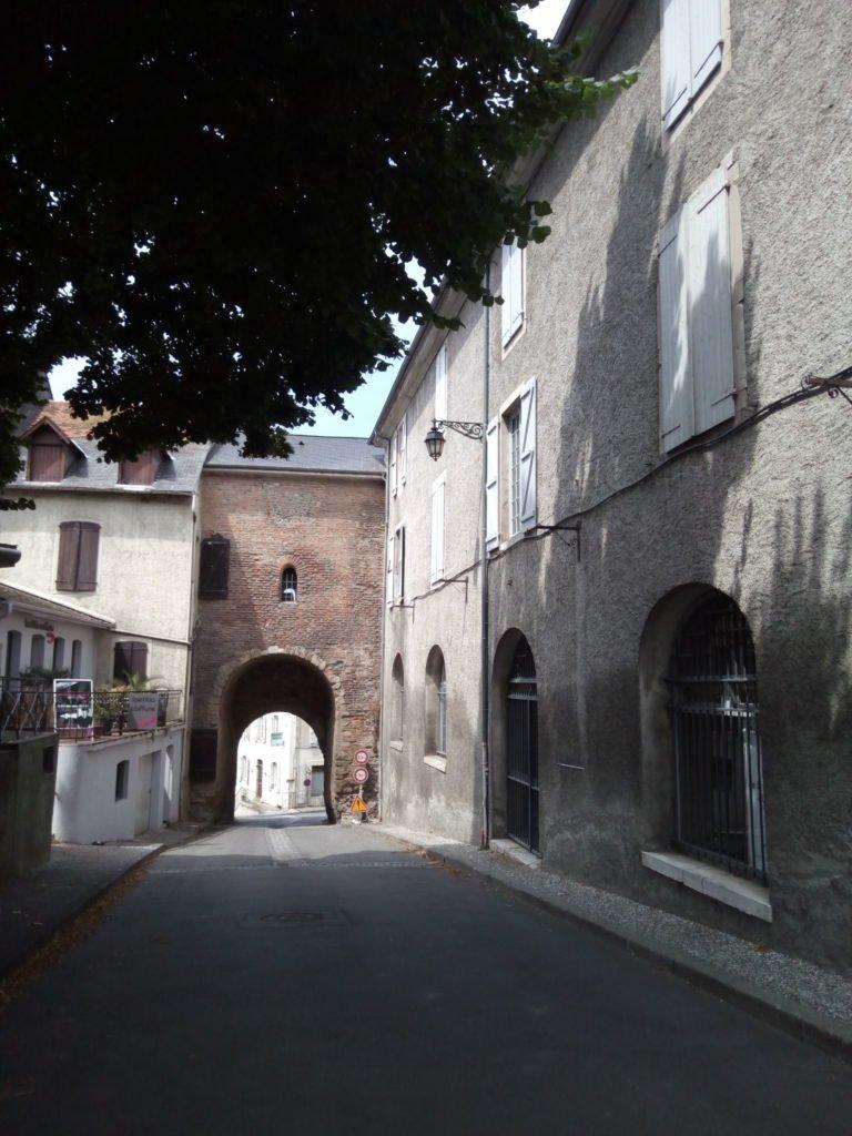 Arco de entrada a Lescar