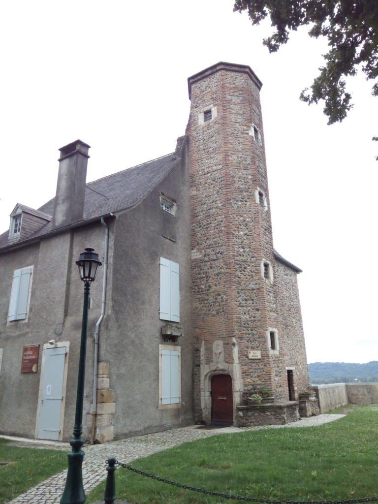 Torre del Presbiterio, Lescar