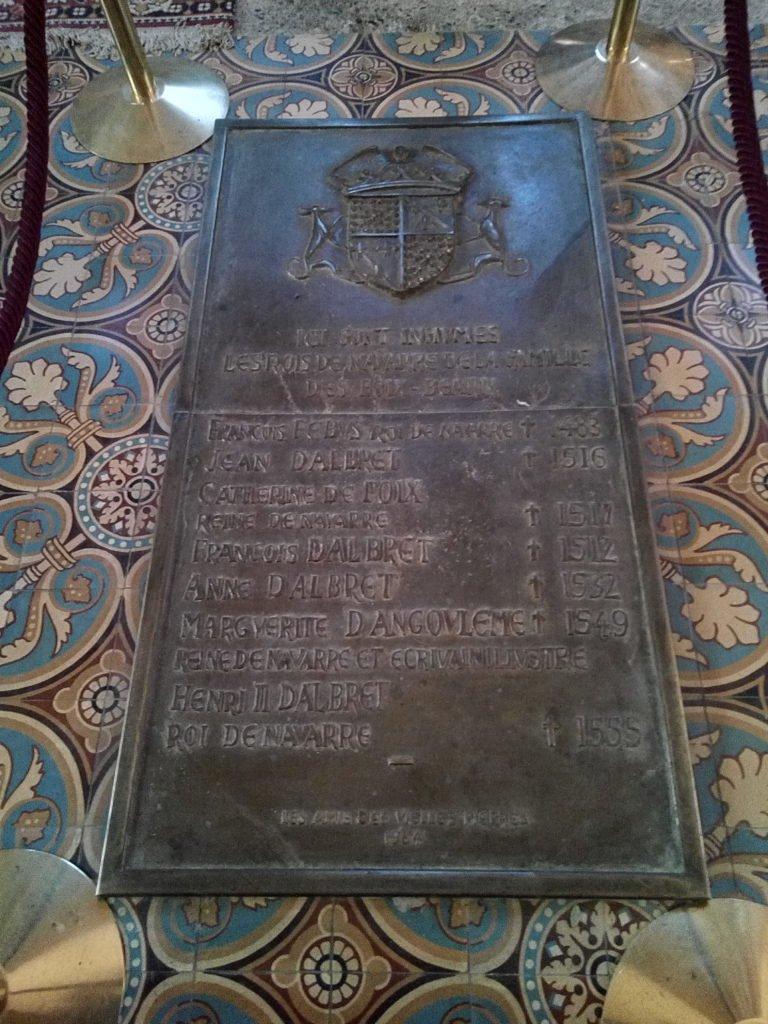 En la Catedral de Lescar están enterrados los últimos reyes de Navarra