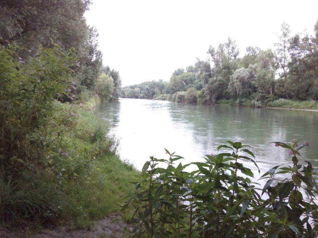Cruzo el río Gave de Pau