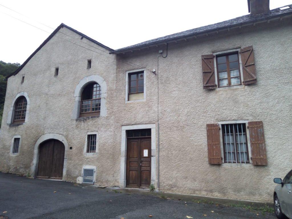 Entrada o salida del Monasterio de Sarrance