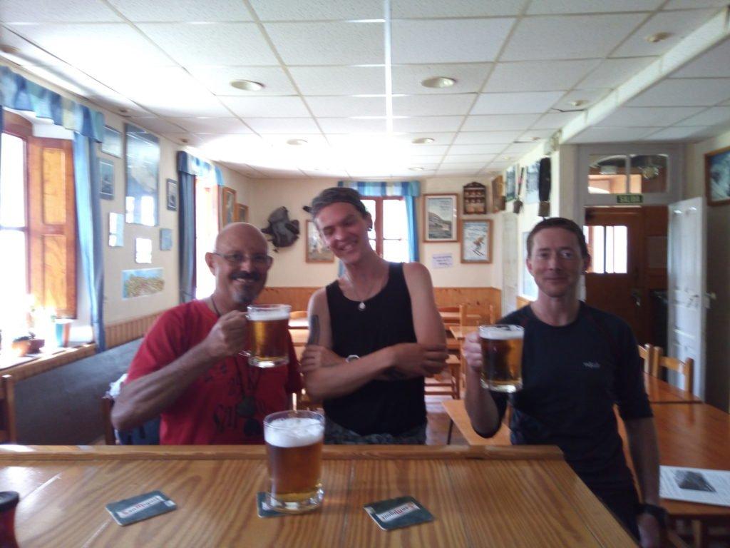 Con Arturo y Denis en el Pepito Grillo. Canfranc-Estación