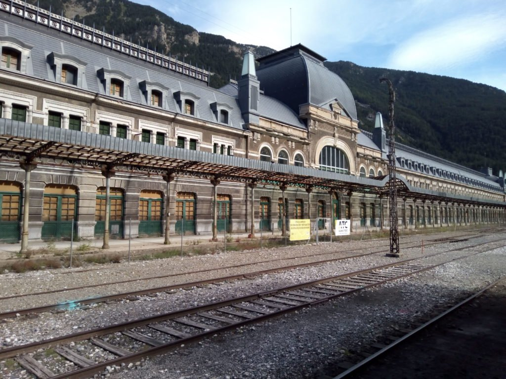 La Estación Internacional de Canfranc. Una joya que se está dejando perder